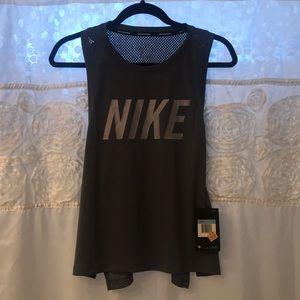 NWT Women's Nike Dri Fit Running Tank Medium 🌸